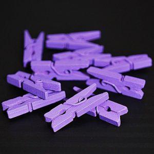 Kolíček 15 dřevěný fialový