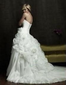 Svatební šaty - katalog 1.