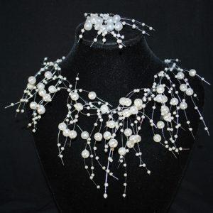 Náhrdelník 422 bílé perličky