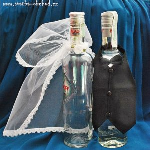 Svatební oblečení na lahve 01