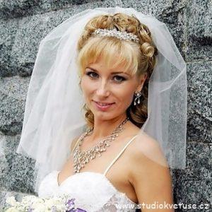 Svatební závojíček 60