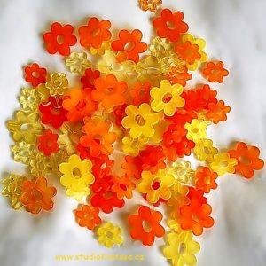 Oranžové kytičky 02
