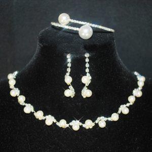 Souprava 377 bílé perličky