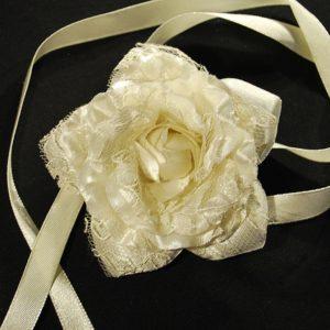 Růže 10 šampáň s krajkou 7cm