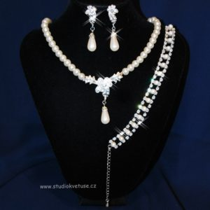 Souprava 380 perličky